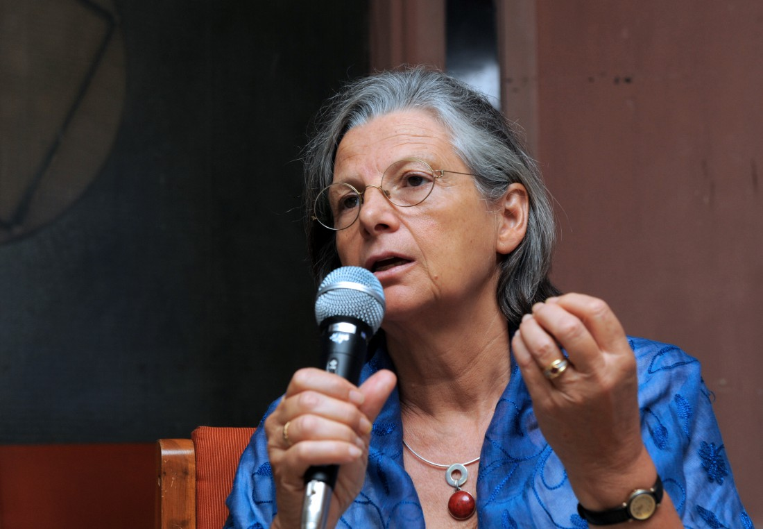 "Director (Research) National Institute for Health and Medical Research in Paris Annie Thebaud Mony gestures as she delivers a lecture on ""Asbestos Hazards and Peoples Struggle World Over"" in Ahmedabad on March 6, 2011. AFP PHOTO/Sam PANTHAKY"